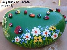 """Find and save images from the """"Kreativ - Rock / Stone / Pebble Art"""" collection by Gabis Welt :) (gabi_zitzen) on We Heart It, your everyday app to get lost in what you love. Pebble Painting, Pebble Art, Stone Painting, Stone Crafts, Rock Crafts, Garden Crafts, Garden Art, Pierre Decorative, Decorative Rocks"""