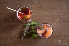 Rezept: prickelnde Aprikosenbowle #rezept #recipe #kochen #backen #idee #essen #trend #filizity #kuchen #torte #salat #tafel