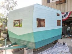 Andrea from Town And Prairie is taking us along on her rehab of a vintage trailer!!! So far she's up to the preliminary paint job.