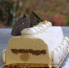 » Dans la série « je réflechis aux fêtes de fin d'année » voilà une deuxième proposition de bûche : noisette praliné caramel…. - La cuisine de Mercotte :: Macarons, Verrines, … et chocolat Fancy Desserts, Frozen Desserts, Delicious Desserts, Yummy Food, Frozen Custard, Cake Factory, Mousse Cake, No Bake Cake, Vanilla Cake