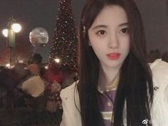 Beautiful Chinese Girl, Grunge Girl, Chinese Actress, Soyeon, Girl Photography, Ulzzang, Cute Girls, I Am Awesome, Idol