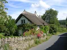 raindropsonroses-65: Cottage in Dartmouth, Devon, England (by Micaela Morris)