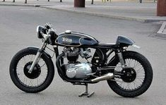 old school — thezainist: Cafe racer