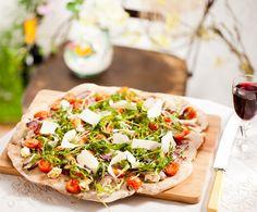 Recept: Pizza met geitenkaas en tomaat | Gezond Eten Magazine