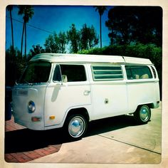 I bought my first VW camper bus!
