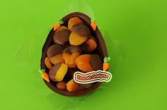 Meio Ovo recheado com Damascos banhado no Chocolate