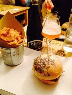 Meet Burger -Parma- Italy