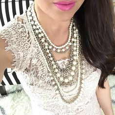 Giveaway Time! Win my favorite statement necklace! Plus simple outfits already put together for you! // http://www.stylishpetite.com/2015/05/giveaway-time-plus-weekly-instagram.html