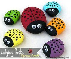 Spring Decorative Garden Craft: Ladybug Rocks - #Easy #kids #spring #craft http://www.2littledollzdeals.com/spring-decorative-garden-craft-ladybug-rocks/
