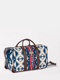 SPIDER ROCK ROLLING DUFFEL - Baggage claim made easy. My Bags, Purses And Bags, Pendleton Bag, Buy All The Things, 3 Things, Rolling Duffle Bag, Online Bags, Duffel Bag, Large Bags