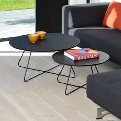 Coffee table in Nordic design with a lightweight frame and top.