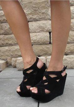 3de5aa1d6cc 33 Best 2 inch heels images