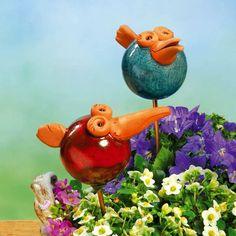 Lustige Deko Rabenköpfe mit Messingstab im 2er-Set - Farbenfrohe #Dekoration für jeden #Blumenkübel oder #Pflanzkasten, mit Messing-Stab.