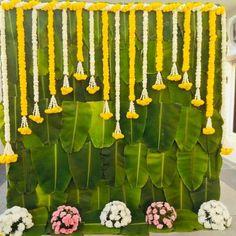 Beautiful leaves n marigold backdrop for mangalasnanam... #indianweddingblog #saree #designerblouse #teluguwedding #telugubride #tamilwedding #tamilbride #weddingbrigade #gorgeousbride #shopzters #shaadimagic #bridesessentials #ezwed #pellipoolajada #southindianbride #southindianwedding #templejewellery #southindianweddingdecor