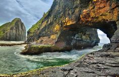 Hole in the Wall, South Africa