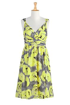 eShakti China tea dress. Perfect for the daytime and nighttime with the right jewelry and accessories!