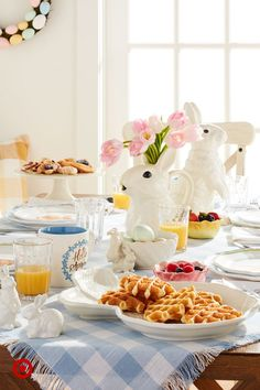 Top off your Easter table with classic springtime layers (and bunny figures for a touch of whimsy), starting at $3. Easter Brunch, Easter Party, Easter Table, Easter Eggs, Home Design, Design Ideas, Interior Design, Best Decor, Easter 2020