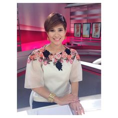 90 best images about Filipiniana Beautiful Blouses, Beautiful Outfits, Barong Tagalog For Women, Modern Filipiniana Dress, Fashion Outfits, Womens Fashion, Traditional Dresses, Elegant Dresses, Mother Of The Bride