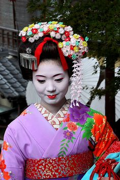 Maiko by -julianol-, via Flickr