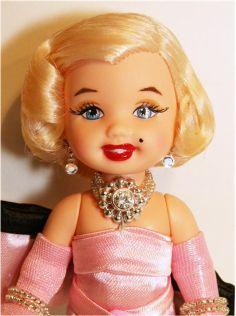 Mattel's Kelly doll reinterpreted by MiKelman as Marilyn Monroe      -Paul David Collection