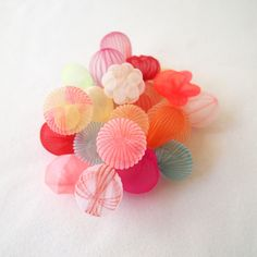 In her ongoing body of work, Japanese artist Mariko Kusumoto loves to use polyester fabric and assemble it into three-dimensional wearable and sculptural jewellery pieces. Inspired by various sea creatures,...