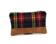 Plaid Zipper Pouch, Small Blue Pouch, Makeup Bag di Aiko Threads  -  handmade bags and accessories su DaWanda.com
