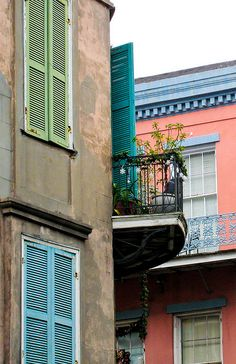 French Quarter, New Orleans balcony. Visit New Orleans, New Orleans Homes, New Orleans Travel, New Orleans Louisiana, Places Ive Been, Places To Go, New Orleans Architecture, Louisiana Swamp, New Orleans French Quarter