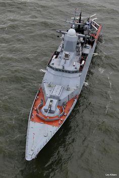 Corveille de classe Steregushchy de la marine russe. [667x1000]