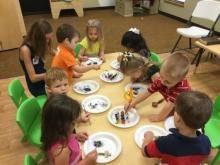 Conoce 7 Actividades para Niños de Preescolar en nuestro artículo: http://tugimnasiacerebral.com/gimnasia-cerebral-para-niños/las-mejores-dinamicas-y-actividades-para-preescolar Guarda este pin para poder leer estas actividades cuando lo necesites #niños #educacion #padres #preescolar #profesores
