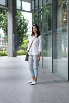 SHENTONISTA: Inside & Out. Diyanah, Unemployed. Top from Urban Outfitters, Pants from Uniqlo, Shoes from ConverseShades from Armani, Bag from Coach. #shentonista #theuniform #singapore #fashion #streetystyle #style #ootd #sgootd #ootdsg #wiwt #popular #people #male #female #womenswear #menswear #sgstyle #cbd #UrbanOutfitters #Uniqlo #Converse #Armani #Coach