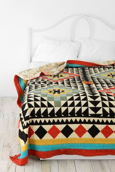 Kaleidoscope Patchwork Quilt inspiration from Urban Outfitters Quilt Inspiration, Decoration Inspiration, Bedroom Inspiration, Color Inspiration, Interior Inspiration, Urban Outfitters, Kaleidoscope Quilt, Sweet Home, Navajo Print