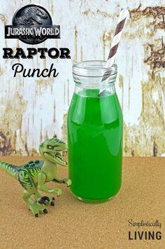 Jurassic World Inspired Raptor Punch #jurassicpark #jurassicworld #dinosaurparty #raptorpunch #dinosaurfood