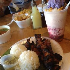 Lunch with mom, aunties and uncle #manilasunset #miramesa #porkbbq #halohalo #mixmix #flipfood #bam #filipinogrub