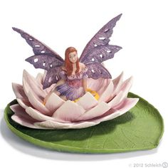 Yasira floats serenely on her lily pad...
