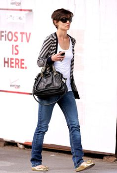 Katie Holmes ,,Love it,, the style so casual..