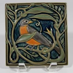 Rookwood Pottery - Revival Robin tile by Cincinnati artist Terri Kern; - Rookwood Pottery – Revival Robin tile by Cincinnati artist Terri Kern; arts and crafts; Azulejos Art Nouveau, Art Nouveau Tiles, Art Deco, Arts And Crafts Movement, Craftsman Tile, Fun Craft, Rookwood Pottery, Art And Craft Design, Decorative Tile