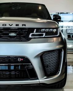 Top 5 Cars in 2019 Range Rover Sport Black, Range Rover Jeep, Range Rover Svr, Luxury Car Logos, Top Luxury Cars, Luxury Suv, Supercars, Duke Bike, Mercedes Benz Sls
