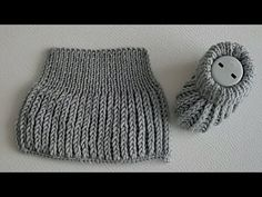 Legendary Easy Girl Baby Boy Booties Making years old (from head to toe) - Stricken Baby Boy Booties, Baby Boots, Baby Booties Knitting Pattern, Baby Knitting Patterns, Knit Crochet, Crochet Hats, Head To Toe, Kids Boys, Baby Dress