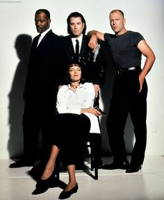 Pulp Fiction Samuel L. Jackson, John Travolta, Bruce Willis and Uma Thurman. Found on Iconic Cool Pulp Fiction Director, Pulp Fiction Cast, Tarantino Pulp Fiction, Quentin Tarantino, Cinema Movies, Cult Movies, Great Films, Good Movies, Awesome Movies