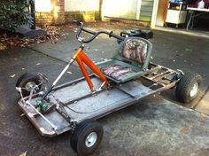 How to Make a Go-Kart - Fabrication karting - Deporte Build A Go Kart, Diy Go Kart, Soap Box Cars, Soap Boxes, Go Kart Kits, Homemade Go Kart, Go Kart Plans, Pedal Cars, Rc Cars