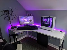 The purple lighting looks dope Do you agree? Tag your friends Daily setup conte. Computer Gaming Room, Best Gaming Setup, Computer Desk Setup, Gaming Room Setup, Pc Setup, Gaming Rooms, Gamer Setup, Gamer Bedroom, Bedroom Setup