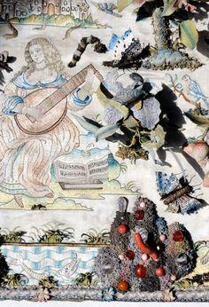 Buy Antiques & Art Online | LAPADA: Items for Sale