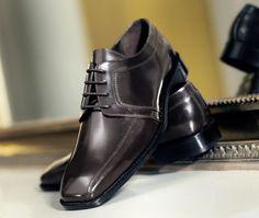 Pensko til findressen Kr Skinnsko. Men Dress, Dress Shoes, Derby, Oxford Shoes, Lace Up, Beige, Fashion, Moda, La Mode