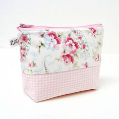 Zipper Padded Pouch Purse Bag Pink Flowers and Blue Paisle… | Flickr