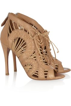 Alaïa Cutout Woven Leather Ankle Boots in Beige (camel) | Lyst