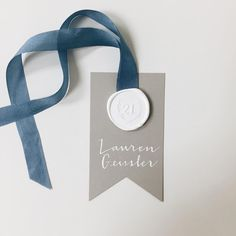 Escort cards don't get much better than this - personalized wax seals for each table. With @aerialistpress and @curlicuedesigns