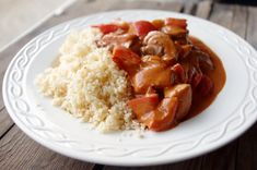 Koolhydraatarm: Bloemkoolrijst met kip stroganoff Healthy Diners, Low Carb Recipes, Healthy Recipes, Healthy Food, Clean Eating Plans, Eating For Weightloss, Fast Healthy Meals, No Cook Meals, Love Food