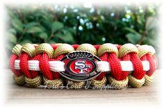 San Fransisco 49ers Paracord Bracelet Made by FordsCordandSupplies