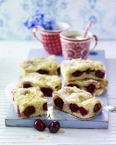 Not in English, but looks yummy! Gefüllter Butterkuchen mit Kirschen Rezept