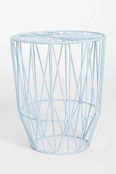 Plum & Bow Wire Burst Stool - Urban Outfitters